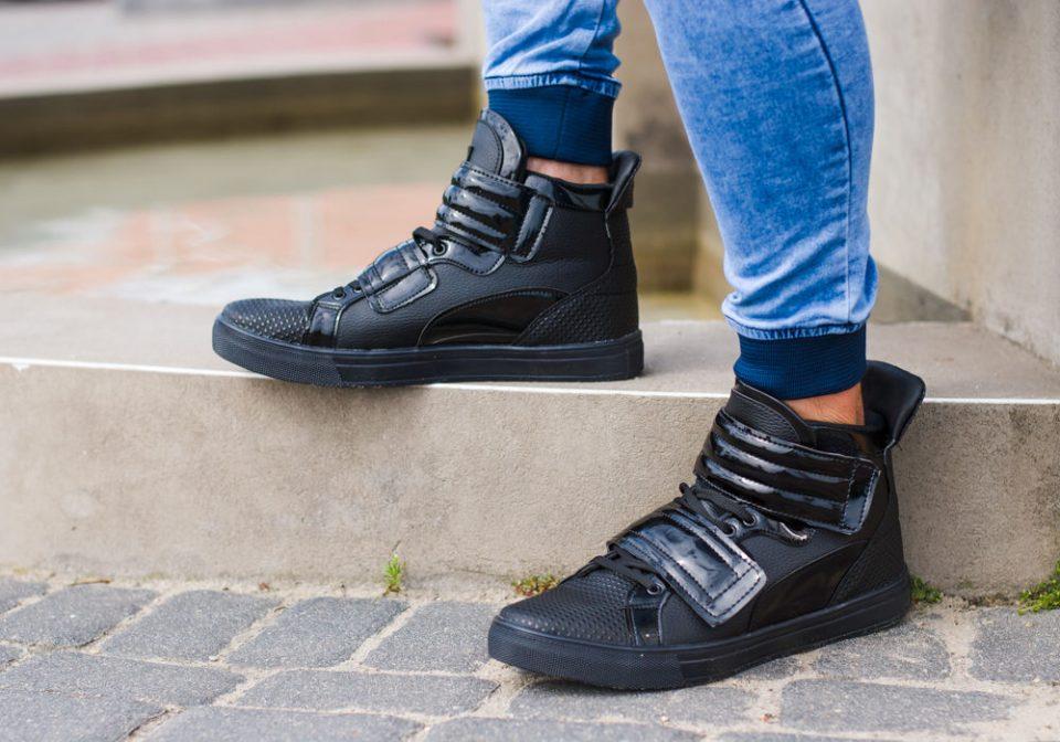 12cefd63a0 Fakty i mity na temat sneakersów - Blog poświęcony modzie i trendom ...