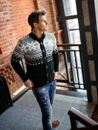 jak dbać o sweter