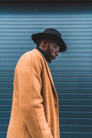 czarny kapelusz męski