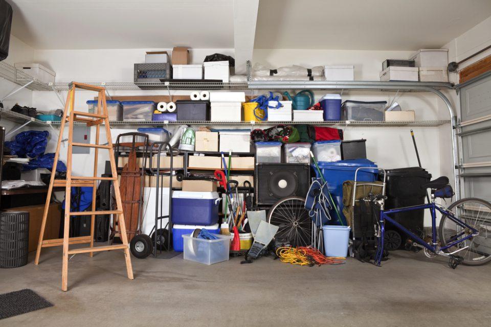 jak posprzątać garaż