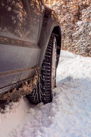 jak zabezpieczyć auto przed zimą
